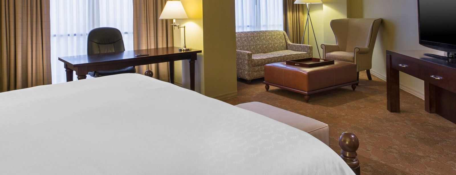 Junior Suite | Sheraton Houston Brookhollow Hotel